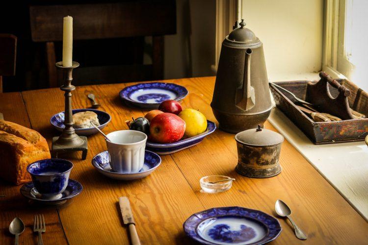 still-life-food-dinner-table-50696